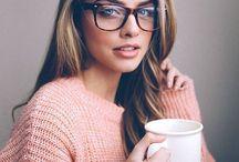 Glasses / Ez annak szól aki nem szereti:Ne szégyelld,hogy van!!Mert nagyon jól néz ki!!:))