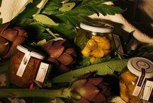 I nostri prodotti / Verdure in foglia ( spinaci/bietola/cicoria/erbe miste) cotte al vapore o con metodo tradizionale, melanzane grigliate, peperoni grigliati, zucchine grigliate, carciofini sott'olio, zucchine sott'olio alla menta, melanzane sott'olio, marmellata di peperone piccante