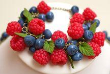 браслет из ягод