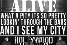 Undead / Hollywood Undead