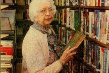 Messenger Public Library of North Aurora (Illinois)