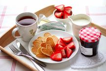 """Breakfast in bed <3 / """"A man who serves you breakfast in bed is a keeper"""""""