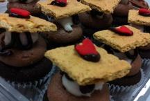 Cupcake ideas / by Lyndsey Vaillancourt