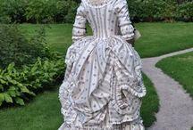 robe a la polonaise 18eme