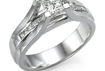 a2 cute engagement rings / by antonio