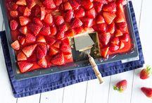 Kuchen Erdbeeren auf dem Blech