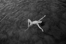 Io amo le fotografie / by Allison Maupin