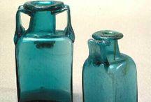 verre romain - bouteilles et cruches