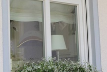 Plantenbakken ramen buiten