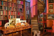 Who wouldn't want a home library? / Beautiful and unique home library spaces