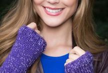 Free Patterns Gloves, Mittens and Wristlet Patterns / free knitting and crochet patterns for gloves, fingerless gloves, wristlets, and mittens