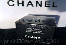 CHANEL Ultra Correction Line Repair Anti-Wrinkle Eye Cream 15g/0.5oz