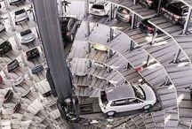 Ciekawe rozwiązania parkingowe / Oferujemy systemy, które pozwalają kontrolować ruch na parkingach, miejscach postojowych, drogach wewnętrznych i osiedlowych. Nasze rozwiązania znacznie zwiększają bezpieczeństwo na parkingu, a także powstrzymują wykorzystanie wolnych miejsc przez nieupoważnione do tego osoby. Proponujemy systemy, na które składają się szlabany, napędy bram, blokady, słupki parkingowe, progi podrzutowe, czytniki kart, piloty oraz znaki.