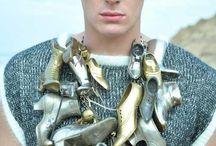 Jewelry : modelled