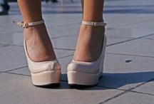 Shoes / by Chezka Cenon