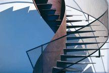 Escada - guarda corpo - divisória