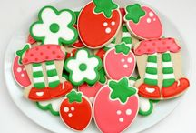 Strawberry Shortcake Cakes, Cupcakes and Cookies / I simply love everything Strawberry Shortcake! This is my collection of favorite cakes, cupcakes and cookies in the web. / by Denise De Moya