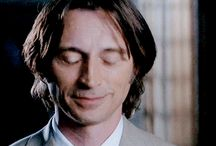 Bobby Carlyle gifs