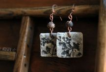 wildgeeseart / hand made ceramic earrings, find here https://www.etsy.com/listing/214626459/earrings-ceramic-jewelry-gift-bridesmaid