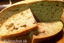 Kváskoý chlebík, koláče, pečivo