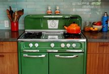 Kitchen - Ovens and Iceboxes / by Arisa Williams