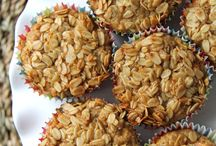 Oatmeal muffins & cookeis / Collection of the best oatmeal muffin recipes that I have tried or will try very soon. My favourite - and the most healthy oatmeal muffins are: oatmeal blueberry muffins!