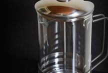 Clean a Coffee Maker / It's so important to clean a coffee maker as often as possible. Most people don't ever properly clean their coffee maker and they don't realize how detrimental it is to the coffee they make at home. These are some of the best tips on cleaning coffee makers (of all kinds) that we have come across.