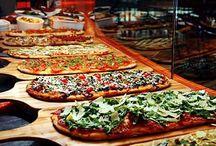 mesa de pizzas