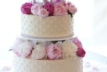 Wedding cakes  / Great ideas for wedding cAkes / by Origin Photos