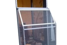 Katzenbalkon / Das Fenstergehege für Katzen. Wetterfest, Befestigung ohne bohren. Individuell auf Fenstergröße handgefertigt.
