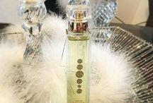 Парфюмерия / Концентрация парфюма #ESSENS на 5-10% выше, чем у оригиналов, продаваемых в розничной сети, поэтому их стойкость приятно Вас порадует!  Мы предлагаем не переплачивать за бренд, рекламу и посредников! Приобретайте свой любимый аромат во флаконе, разработанном дизайнерами компании ESSENS!