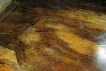 Earthy Awesome Acid Stained Floors / Some amazing Acid Stained floors to inspire us