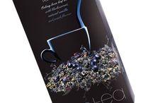Jari - AURILE čaje - chuť jakou neznáte! / Lahodné, aromatické čaje obohacené o přírodní složky, které jim dodávají jedinečný charakter. Při výběru nových produktů jsme se nechali inspirovat 5000 let dlouhou historií čaje, byli jsme vedeni snahou představit vám rozmanitost tohoto lahodného moku a dát vám příležitost prozkoumat nové a originální chuťové vjemy.
