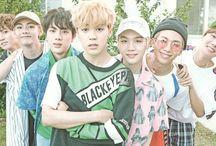 BTS Season Greeting 2018