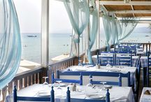 Dining & Bars /  Athos Palace Hotel offers you 3 hotel restaurants as well as snack bars and beach bars where you can enjoy snacks, refreshments, coffee and drinks with your family and friends.