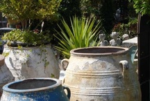 Container Garden Ideas / Types of containers and pots for outdoor garden plants