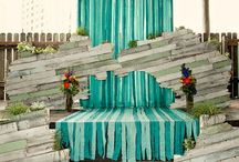 Altar / by Alison, The Knotty Bride