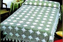 Bedspreads and tablecloths / by Isabel Willemse