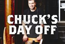 Chuck's Day Off / Chef Chuck Hughes cooks in his restaurants all week, making sure that every dish he sends out is perfect and that every client leaves happy. On his one day off, he cooks some more—for his friends, family and staff. He cooks for love and for fun, and what he cooks up makes for fabulous and engaging stories on his hit Food Network TV show, and in his new cookbook Chuck's Day Off.  / by HarperCollins Canada