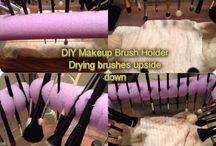 Makeup Brush Holders