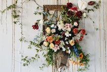 flowers n doors.