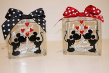 Decorating the Camper / Mickey & Minnie