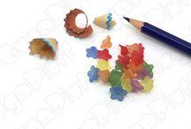 Lucite - Fiori e foglie / Assortimento di lucite (fiori e foglie) di dimensioni e tonalità diverse