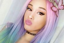 ArianaGrande is life❤