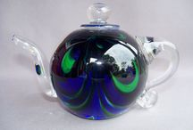 teapots for me / teapots and a good cup of tea in great cups and pots and places......