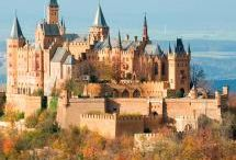 Castles / by Dawn Kemp