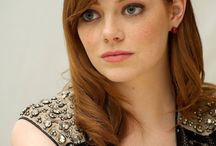 Emma Stone! Hall pass! / So hot, want to touch the hiney!