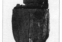 Early western European pouches