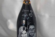 Bottiglie incise / Le bottiglie sono incise e dipinte interamente a mano