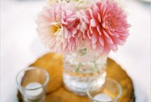 simple wedding plans: flowers and table decor / flowers and table decorations